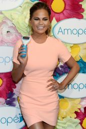 Chrissy Teigen - Amope Fairytale Pedicure Event in New York City, March 2015