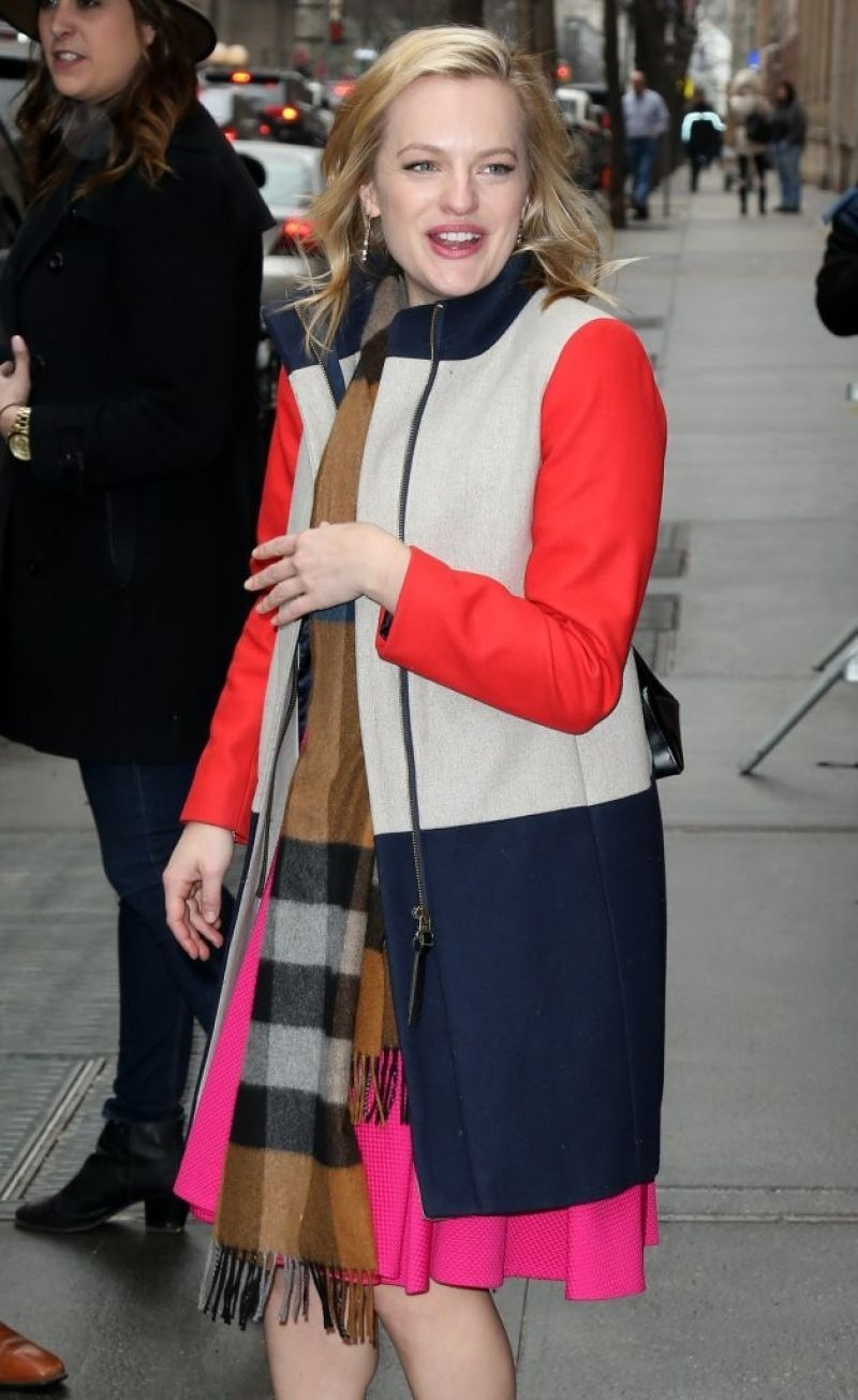 Elisabeth Moss – Arrives at The View in New York City, March 2015