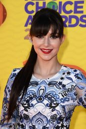 Elizabeth Elias – 2015 Nickelodeon Kids Choice Awards in Inglewood