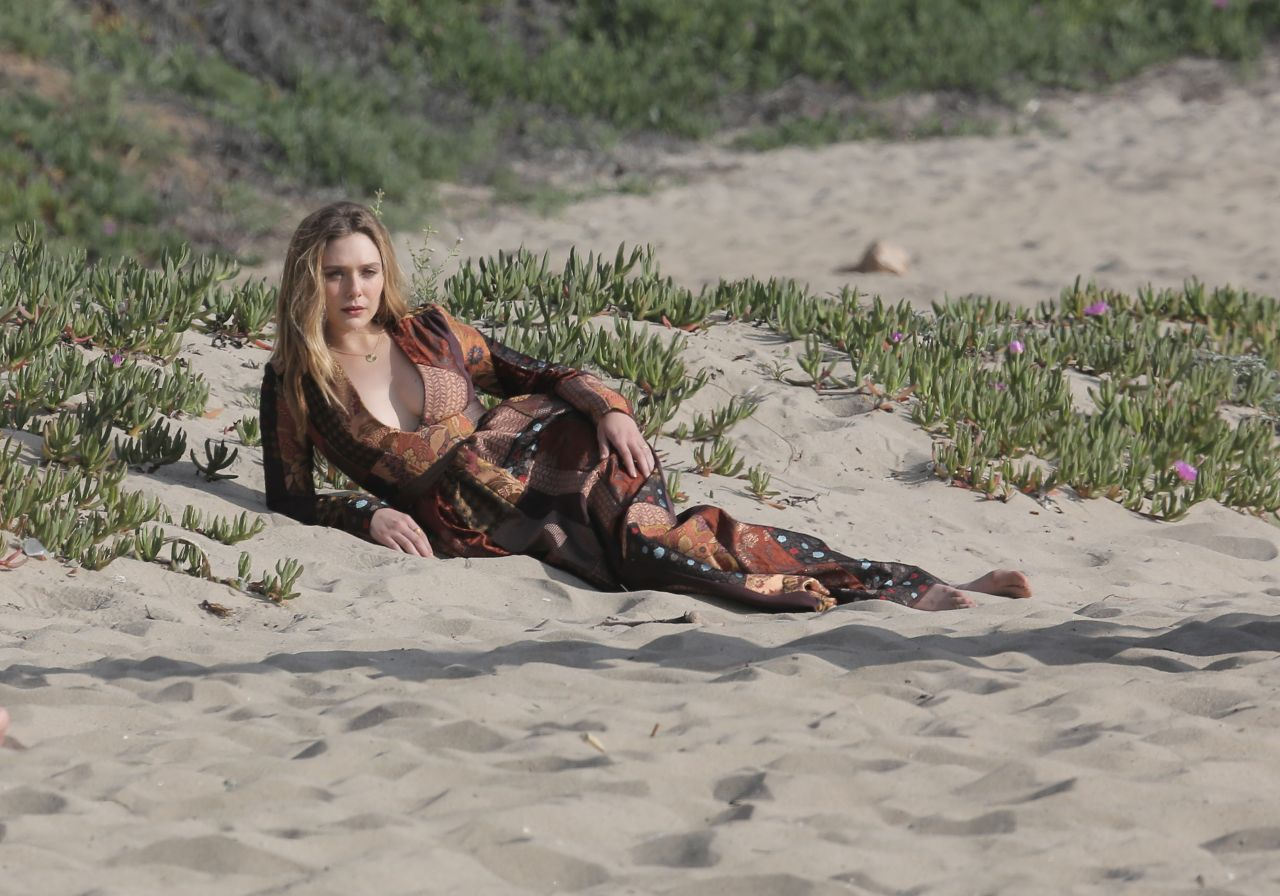 2019 Malibu >> Elizabeth Olsen Photoshoot - Beach in Malibu, March 2015