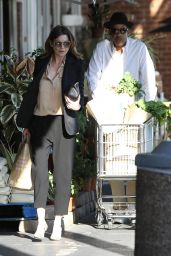 Ellen Pompeo - Shopping at Whole Foods in West Hollywood, March 2015