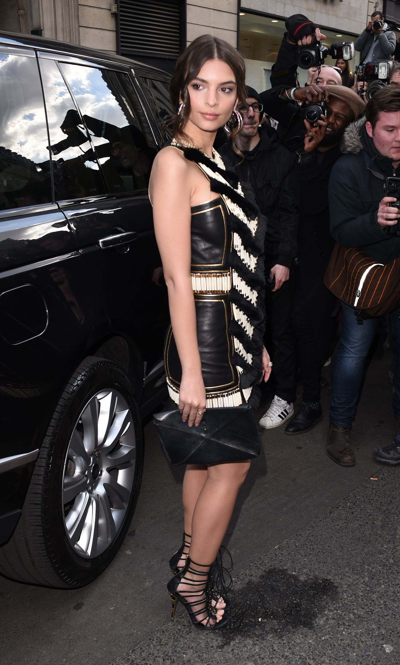 Emily Ratajkowski 2015 Celebrity Photos Style Balmain Fashion Show In Paris March Page 1