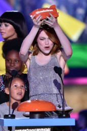 emma-stone-2015-nickelodeon-kids-choice-awards-in-inglewood_2