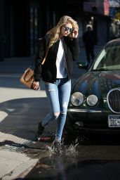 Gigi Hadid in Tight Jeans - Out in NYC, March 2015