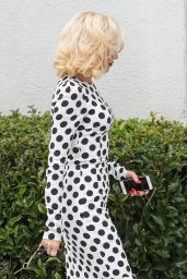 Gwen Stefani at a Meeting in Santa Monica. March 2015