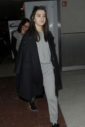 Hailee Steinfeld at Charles de Gaulle Airport in France, March 2015