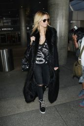 Heidi Klum Arriving at Tom Bradley International Air Terminal in Los Angeles, March 2015