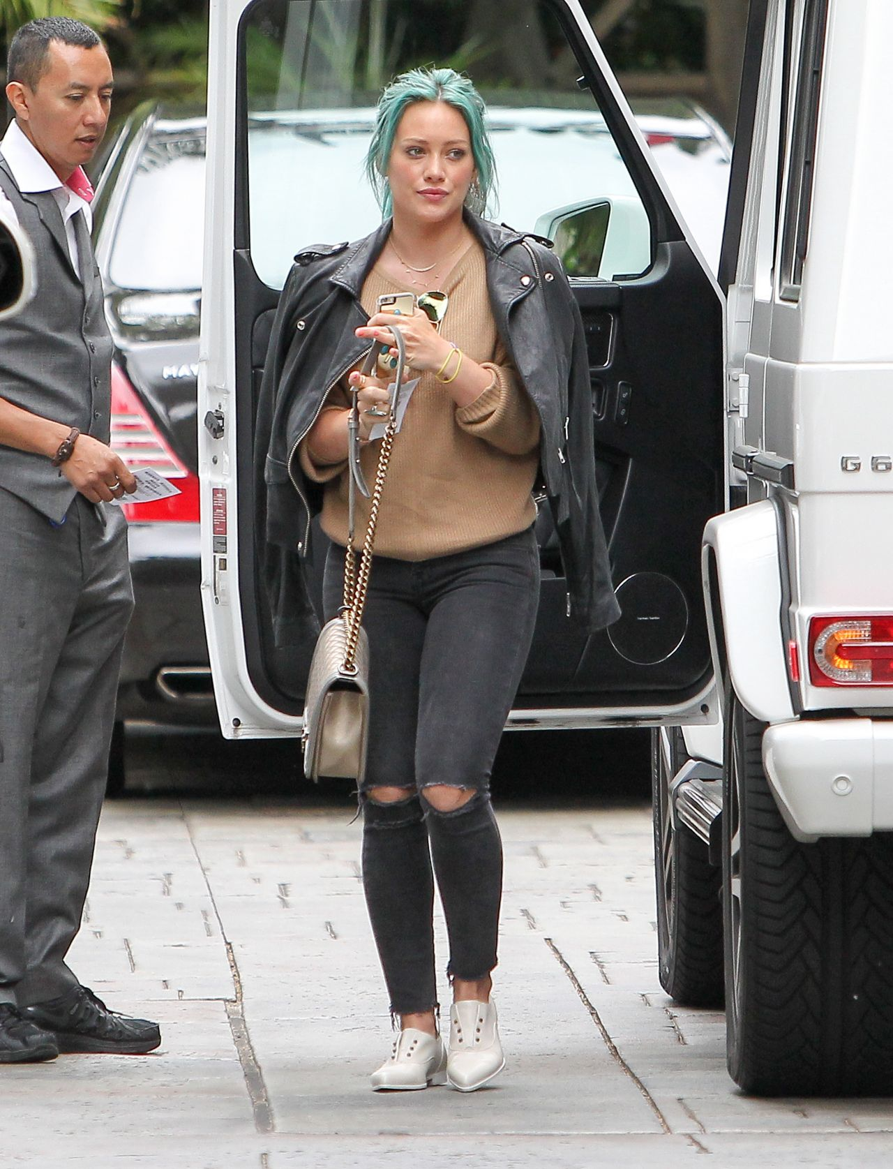 Hilary Duff Casual Outfit - Out in Los Angeles, March 2015