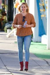 Hilary Duff Casual Outfit - Sherman Oaks, March 2015
