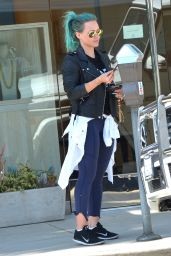 Hilary Duff Casual Style - Out in Beverly Hills - March 2015