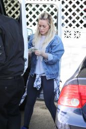 Hilary Duff - Shopping at Bristol Farms in Los Angeles, March 2015