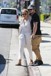 Jennifer Lopez and Ex BF Casper Smart Back On Track! - March 2015
