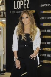 Jennifer Lopez at the Coppel Store in Mexico City - March 2015