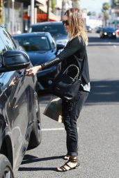 Jessica Alba Casual Style - at Kreation Juice in Beverly Hills, March 2015