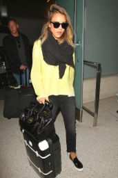 Jessica Alba Casual Style - at LAX Airport, March 2015