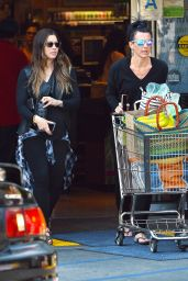 Jessica Biel - Whole Foods in Sherman Oaks, March 2015