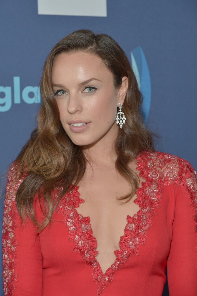 Jessica Mcnamee 2015 Glaad Media Awards In Beverly Hills