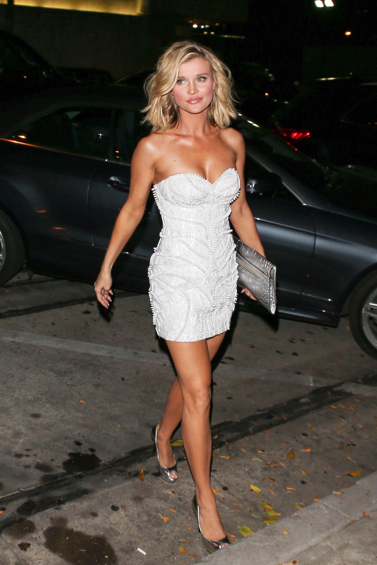 Joanna Krupa Night Out Style At Craig S Restaurant In