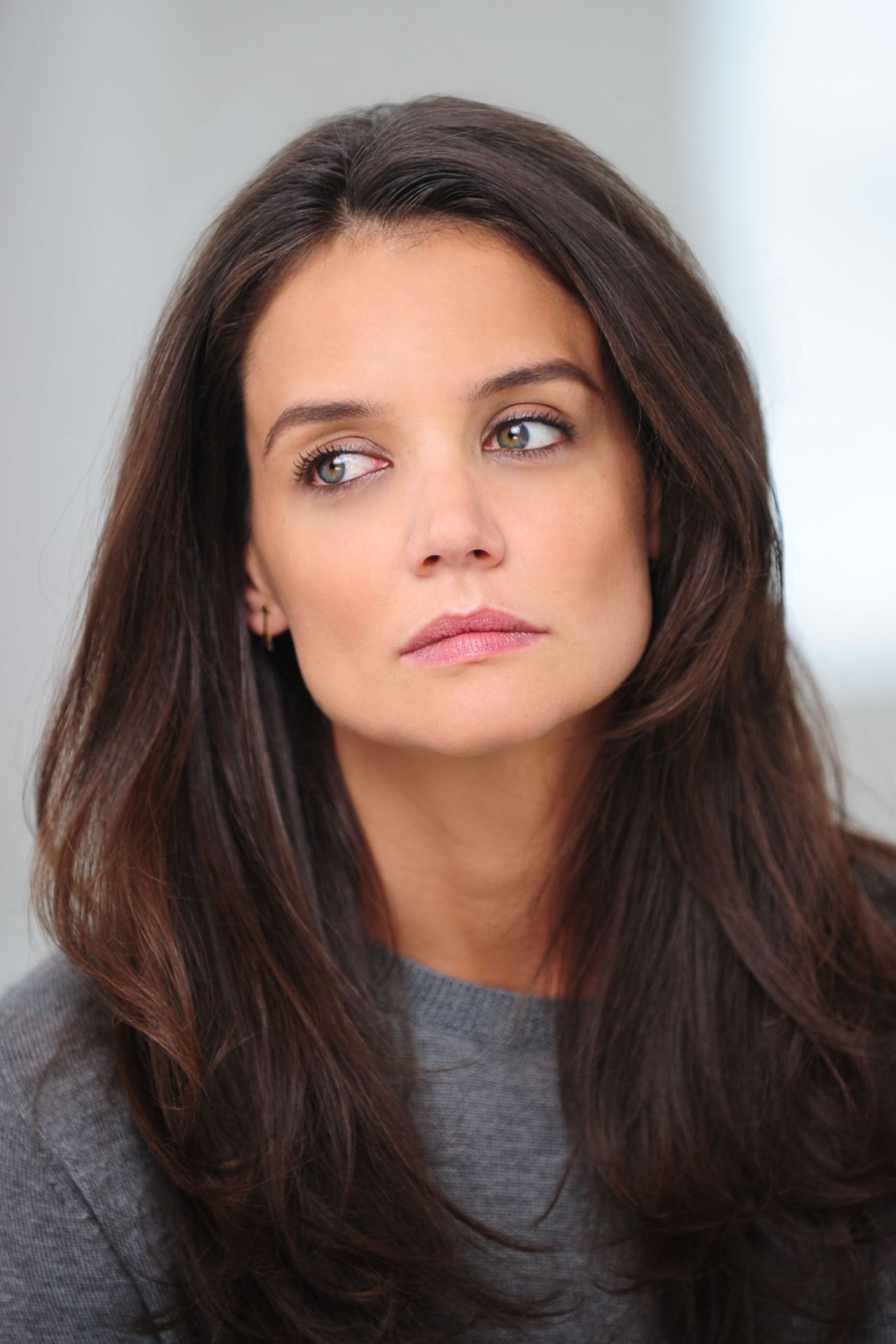 Katie Holmes Shooting A Alterna Haircare Ad Campaign In