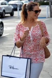 Kelly Brook Shopping in West Hollywood, February 2015