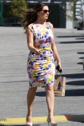 Kelly Brook Style - Shopping at the Sunset Plaza in Hollywood, March 2015