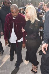 Kim Kardashian – Louis Vuitton Fashion Show in Paris, March 2015