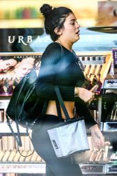 Kylie Jenner Shopping at Sephora in Calabasas, March 2015