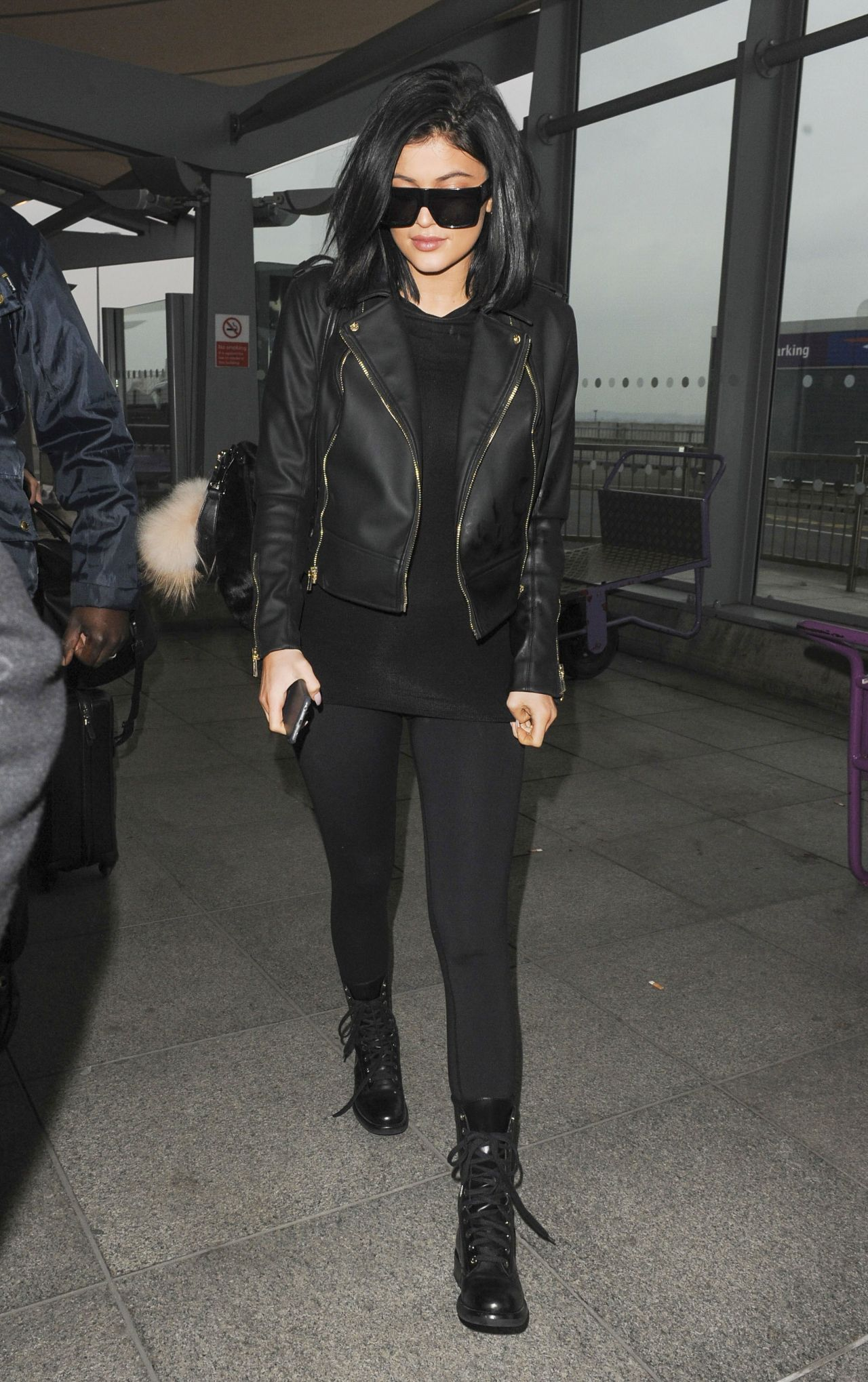 kylie jenner style  at london's heathrow airport march 2015