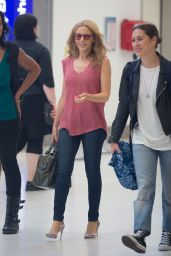 Kylie Minogue Street Style - at Adelaide Airport, March 2015