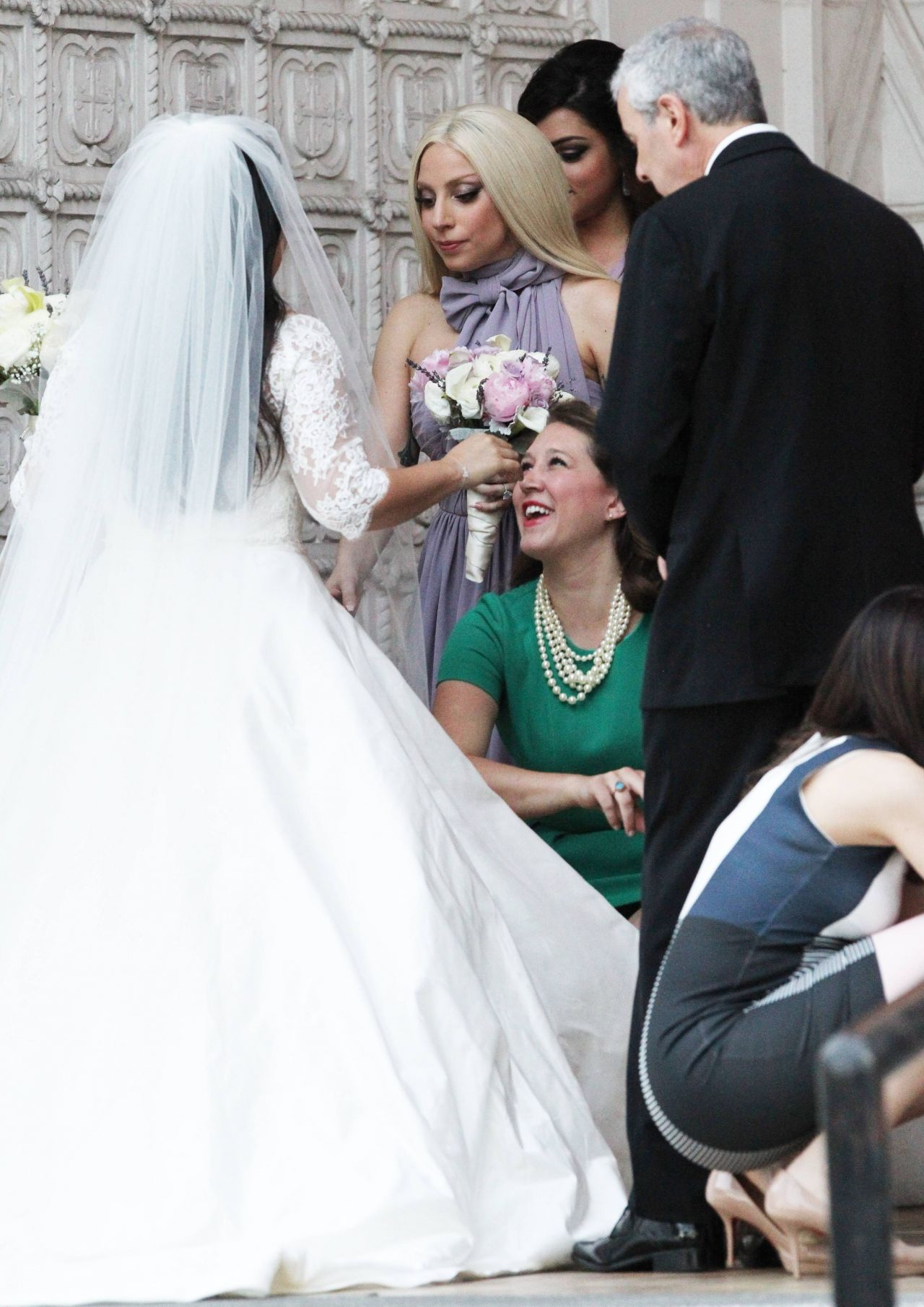 Lady bride 41 september 03