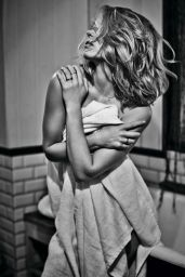 Lea Seydoux - Paris Match Magazine, March 2015 Issue