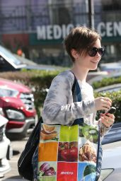 Lily Collins Shops at the Whole Foods in West Hollywood, March 2015