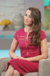 Linda Cardellini Promote NetFlix at Good Morning America - March 2015