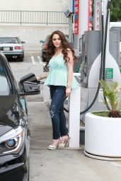 Madison Pettis at a Petrol Station in Los Angeles, March 2015
