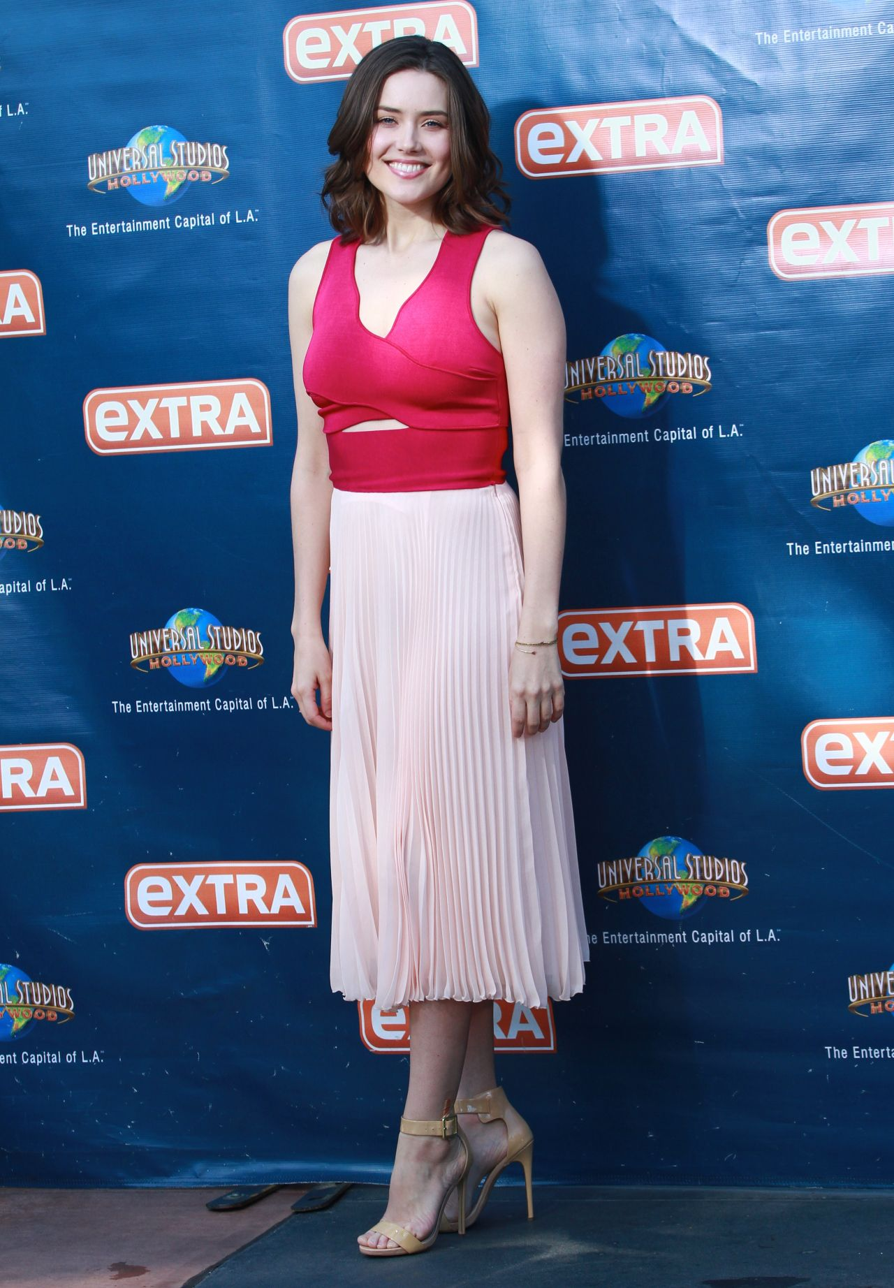 Megan Boone On The Set Of Extra In Universal City