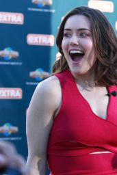 Megan Boone - On the Set of