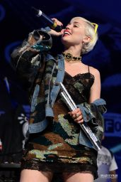 Miley Cyrus - THE FADER FORT Presented by Converse - 2015 SXSW in Austin