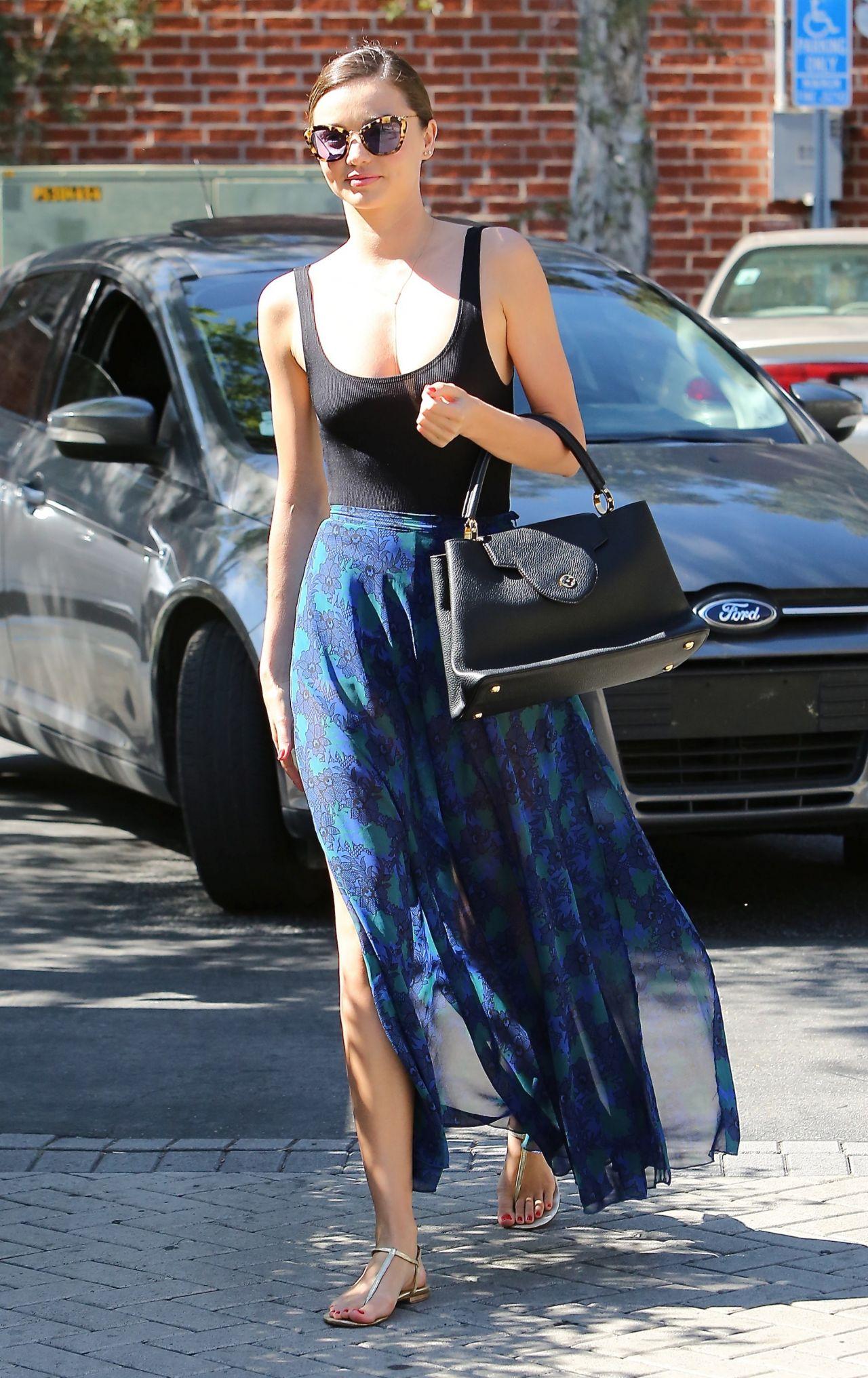 Miranda Kerr Casual Style Out In Santa Monica March 2015