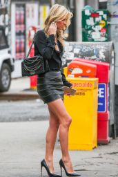 Nicky Hilton Catching a Cab in New York City, March 2015