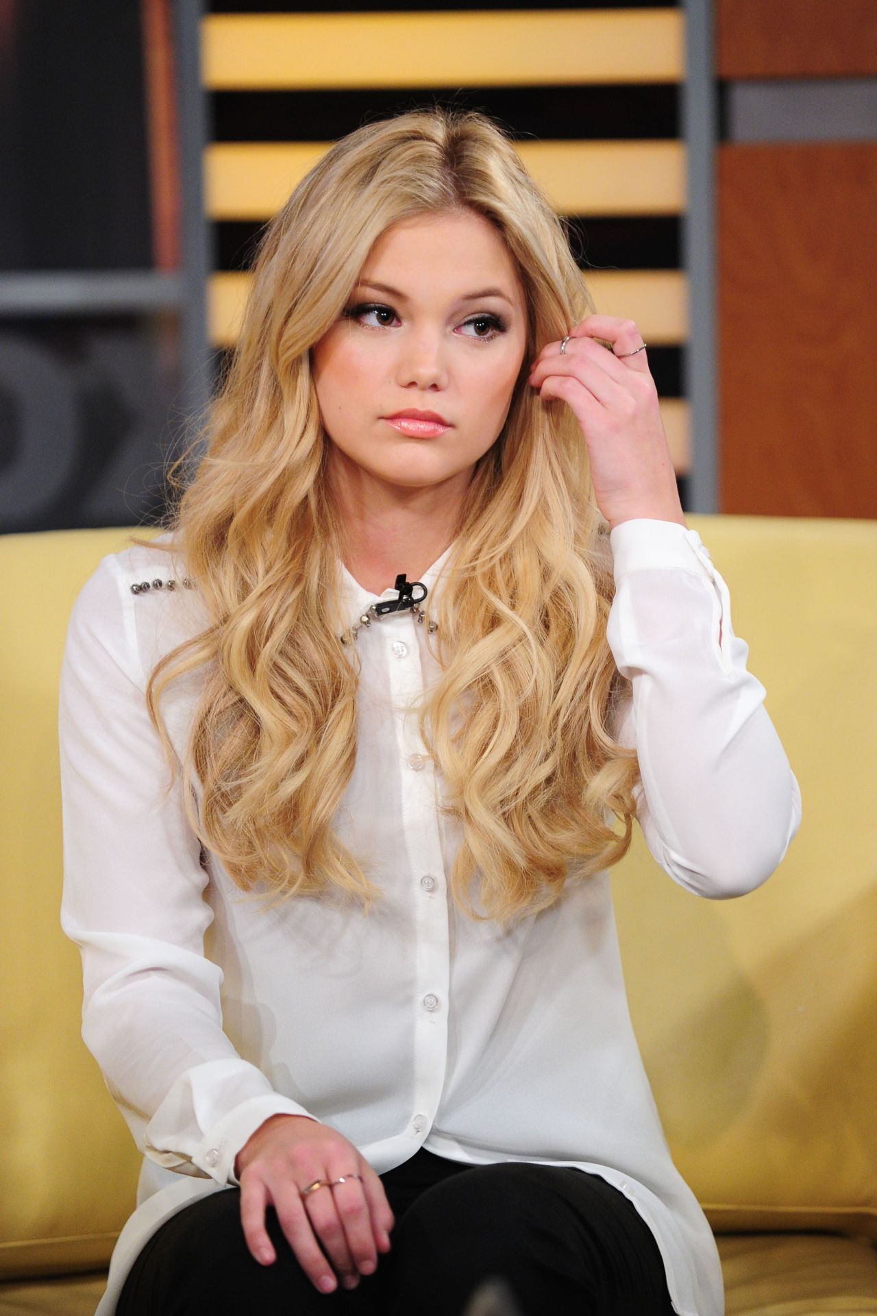 Olivia Holt At Good Day New York In Nyc March 2015