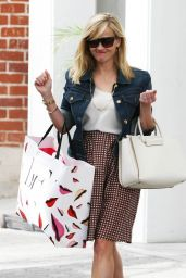 Reese Witherspoon Street Fashion - Out in Beverly Hills, March 2015