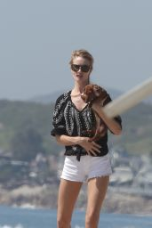 Rosie Huntington-Whiteley in Shorts at a Beach in Malibu, March 2015