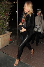 Rosie Huntington-Whiteley Style - West Hollywood, March 2015