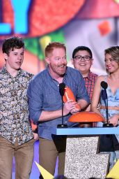 Sarah Hyland – 2015 Nickelodeon Kids Choice Awards in Inglewood