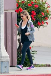 Sarah Michelle Gellar - Out in Los Angeles, March 2015