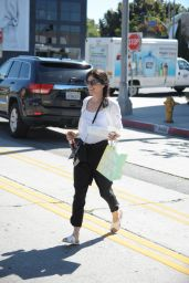 Selma Blair - Shopping and Getting Lunch in Los Angeles, March 2015