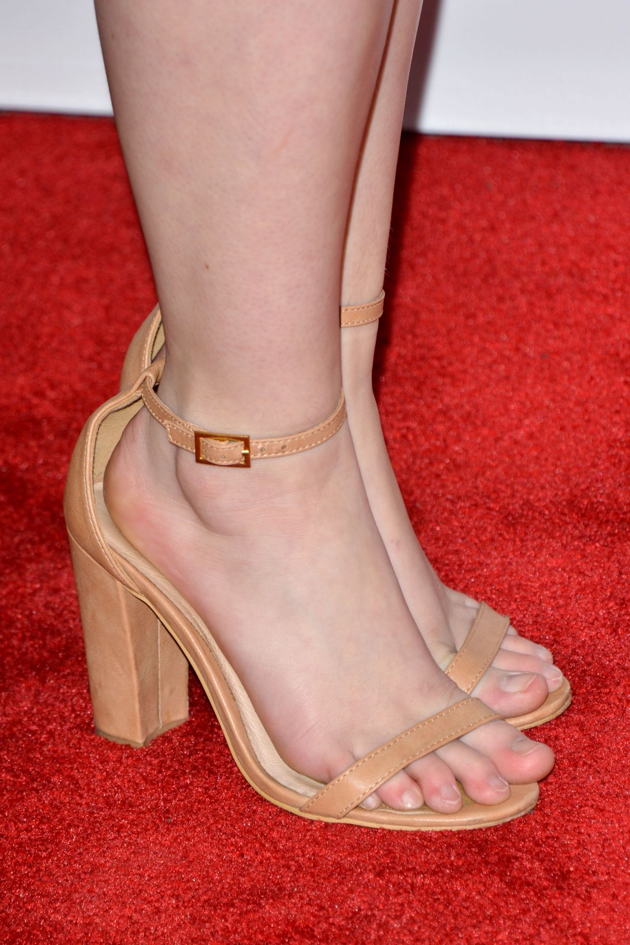 Sierra Mccormick A Girl Like Her Premiere In Los Angeles