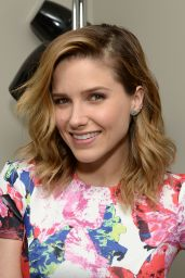 Sophia Bush - Photoshoot in Chicago, March 2015