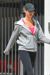 Stacy Keibler Going to a Gym in Los Angeles, March 2015