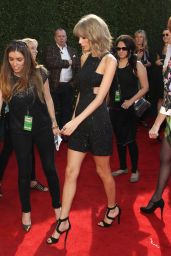 Taylor Swift – 2015 iHeartRadio Music Awards in Los Angeles